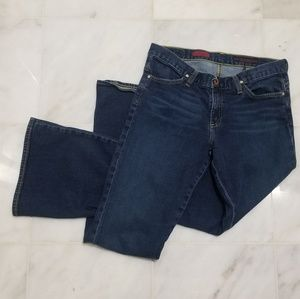 AG The Legend Flared Jeans